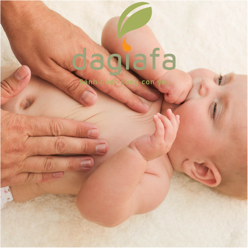 Cách dùng dầu tràm cho bé và mẹ