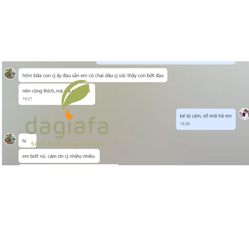 Cháu chị Dung thoa tinh tinh dầu tràm Dagiafa hết đau cảm